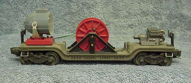 Photo of an olive-gray 3650 Extension Searchlight Car