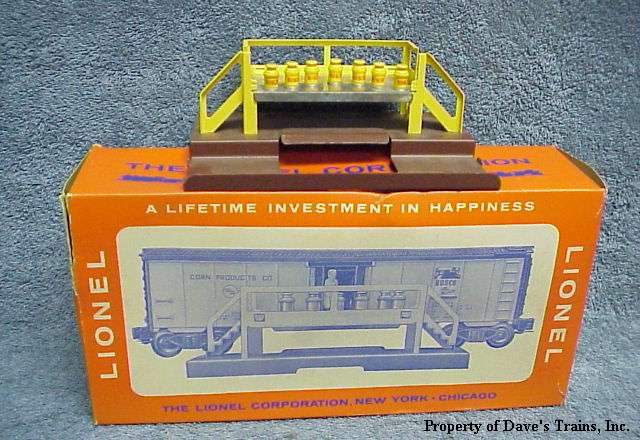 Photo of the stand, cans & original box for a 3672 Bosco Car