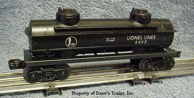 Photo of a black 6465 Lionel Lines Tank Car